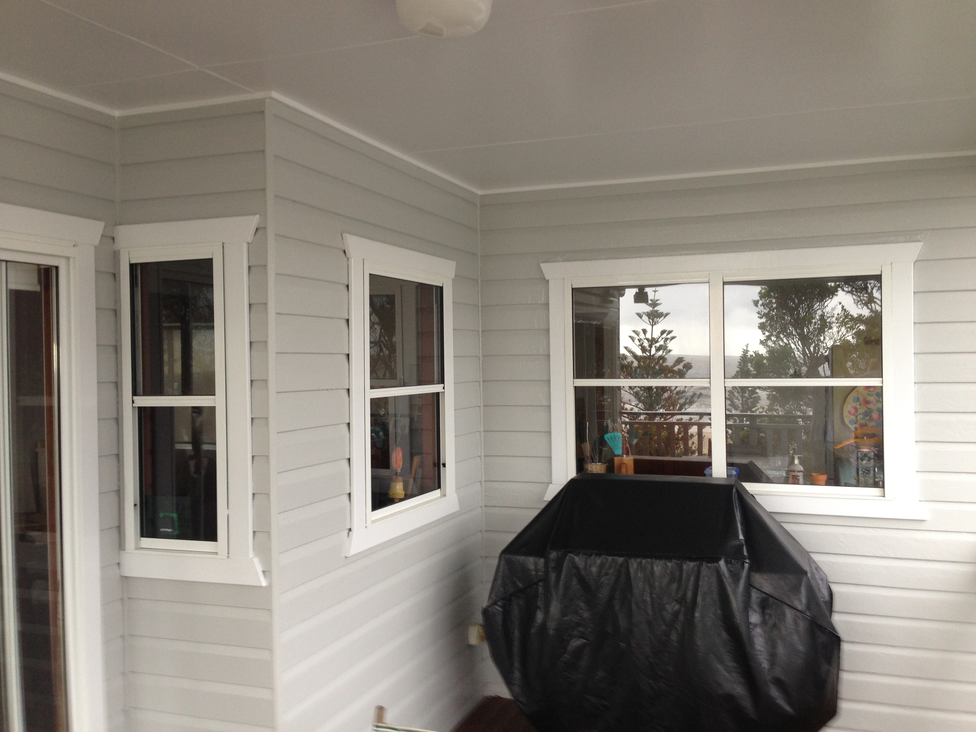 Exterior painting gold coast exterior painters for Temperature for exterior painting